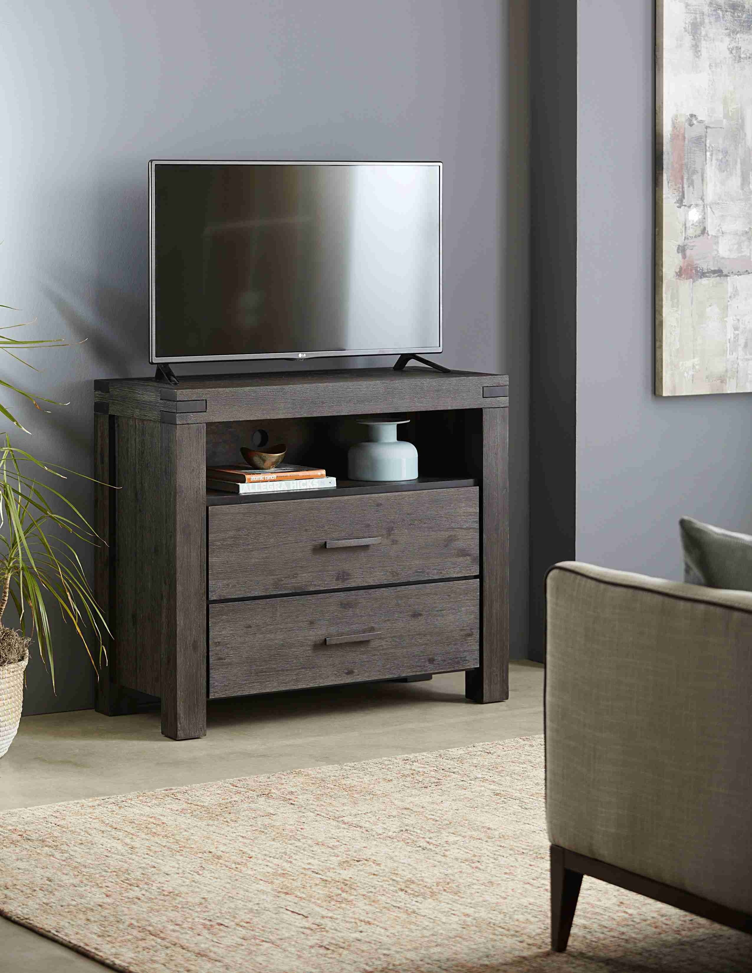 Meadow Media Chest