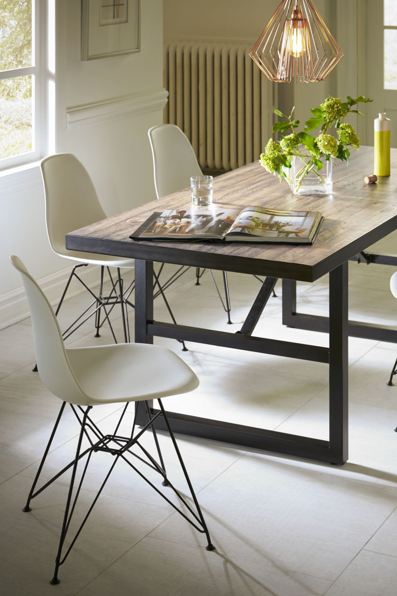 Crossroads Drift Table with Rostock Chairs