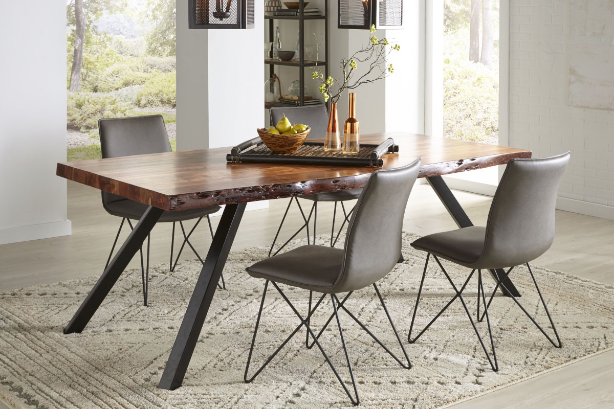 Reese Collection with Crossroads St. James Chairs